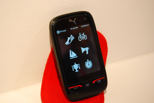 ( MWC ) Le mobile PUMA en photos