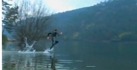 Et si on allait faire un jogging ? ... sur l'étang