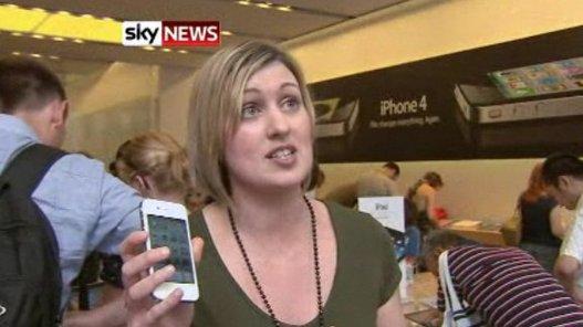 Tiens !!! un iPhone 4 blanc chez nos amis anglais ???