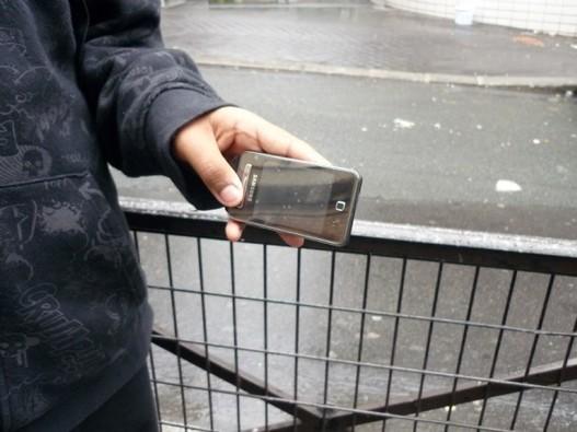 Les jeunes préfèrent le portable à leur pc