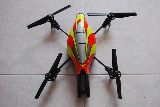 Parrot AR Drone - Applications Android et Meego disponibles