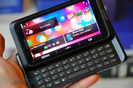 Le Nokia E7 en images