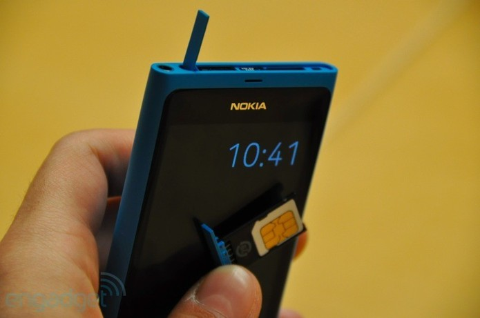 Nokia annonce le N9 sous Meego
