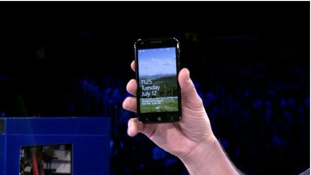 Windows Phone 7 - Microsoft a présenté 4 nouveaux téléphones