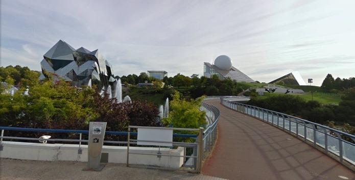 Le Futuroscope de Poitiers à 360° et en 3D via Street View