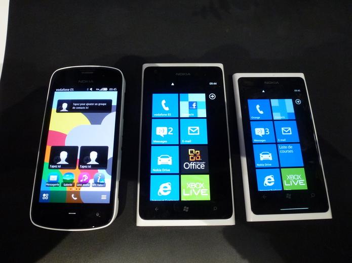 Nokia 808 PureView, Nokia Lumia 900 et Lumia 800