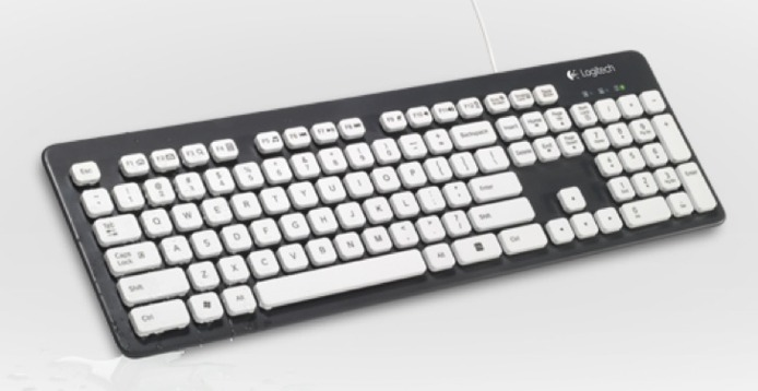 Logitech dvoile un clavier qui ne craint pas l'eau, au contraire