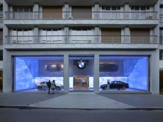 BMW innove avec de la réalité amplifiée dans son concept store