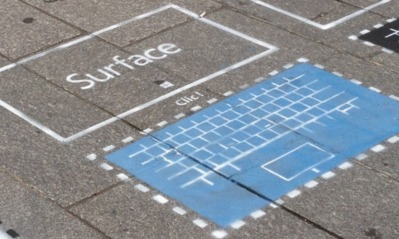 """La première publicité de la tablette Surface de Microsoft fait """"clic"""""""