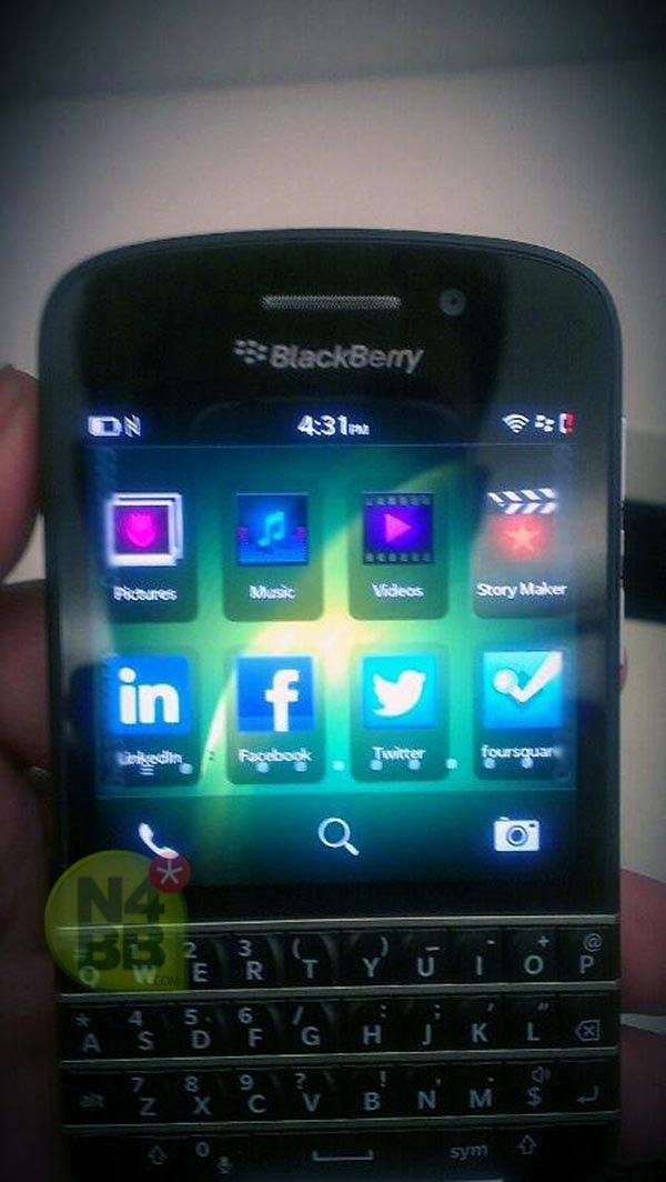 Blackberry Q10 - Nouvelles photos du futur mobile à clavier
