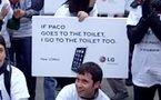 Si Paco va aux toilettes, LG y va aussi