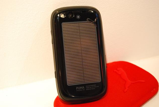 ( MWC ) Le mobile PUMA en photos