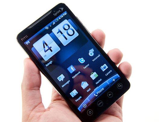 Le HTC Evo 4G face à ses concurrents
