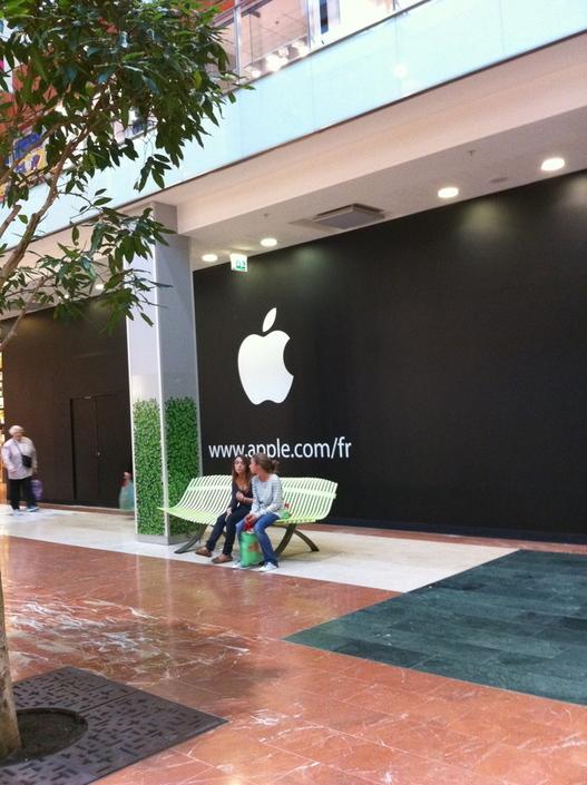 Un Apple Store en construction à Vélizy 2