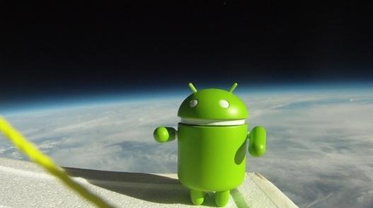Une navette Android dans l'espace !