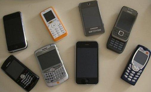 TVA mobile - Frédéric Lefebvre prévient les opérateurs