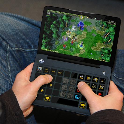 CES 2011 - Razer révolutionne le jeu vidéo avec la Switchblade