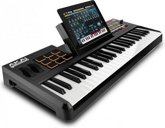 Le clavier Akai SynthStation 49 iPad Midi Controller