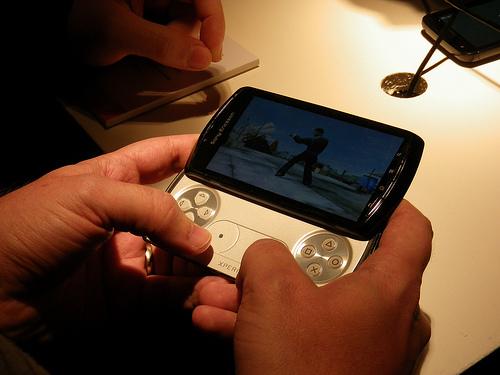 MWC 2011 - Sony Ericsson annonce sa nouvelle gamme Xperia avec le Play, Arc, Neo et Pro