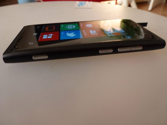 Test du Lumia 800 et des casques Monster