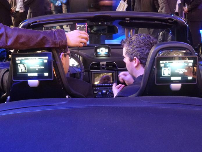 La technologie Blackberry bientôt dans les voitures ?