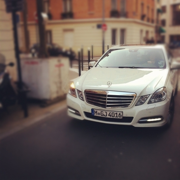 Uber - La nouvelle façon de se déplacer à Paris avec classe
