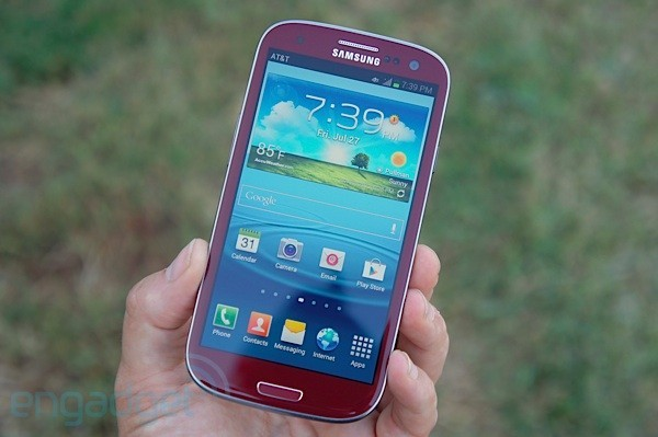 Un Samsung Galaxy S3 rouge chez AT&T