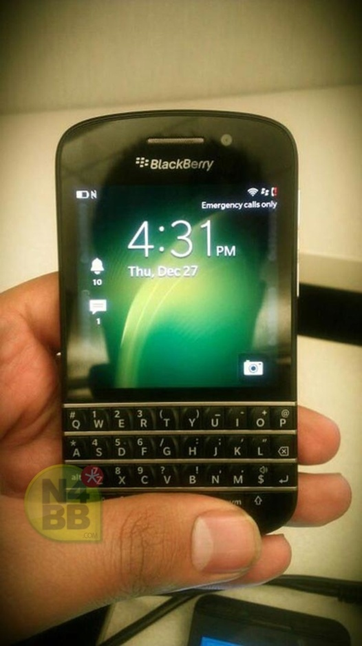 Blackberry Q10 - Nouvelles photos du futur mobile à clavier