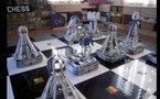 Jeu d'échec robotisé construit avec 100 000 legos - Impressionnant