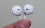 iPhone 5 - Des écouteurs au design futuriste en prime?